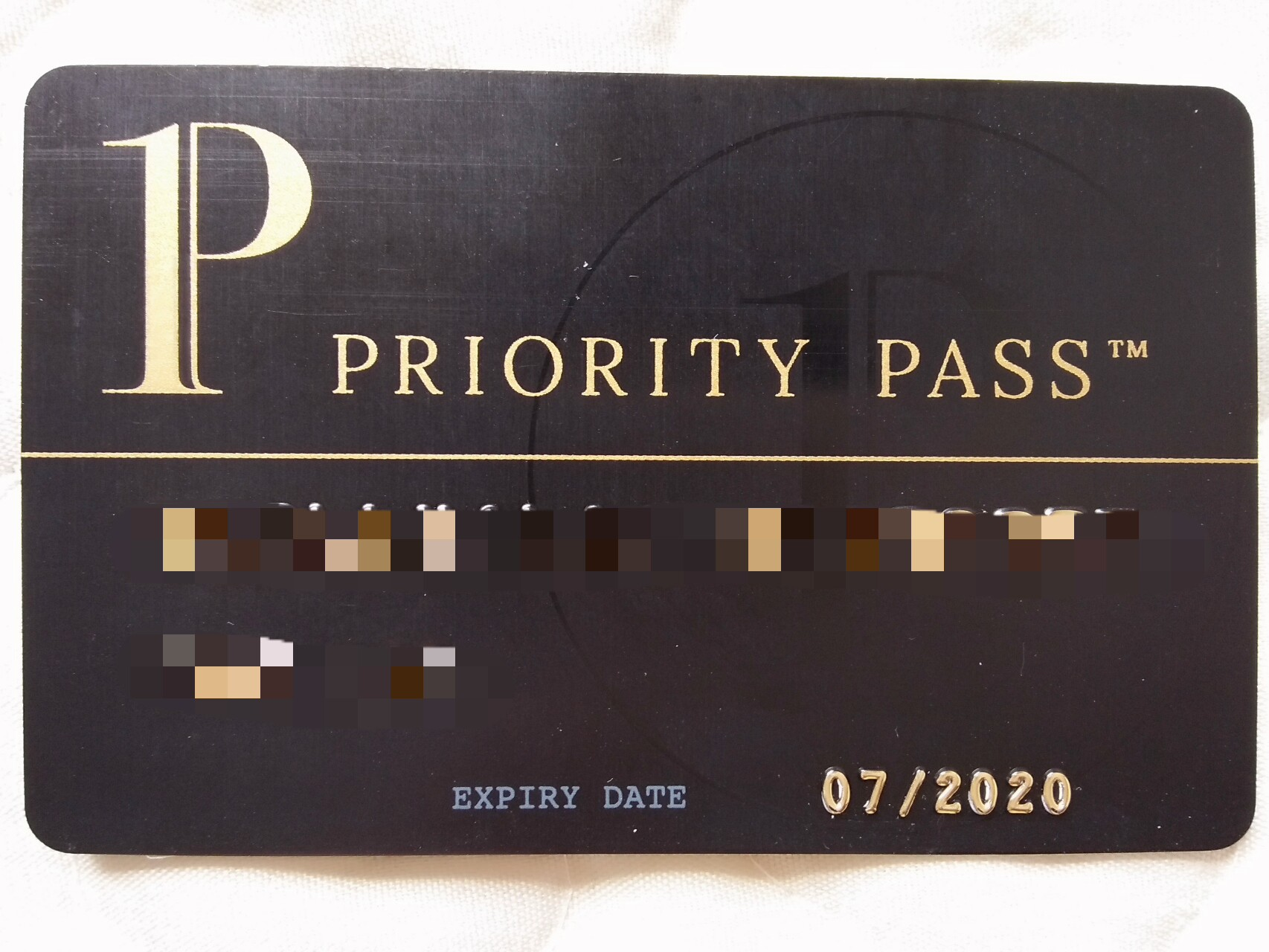 プライオリティパスがあれば空港でご飯が無料で食べれるよ
